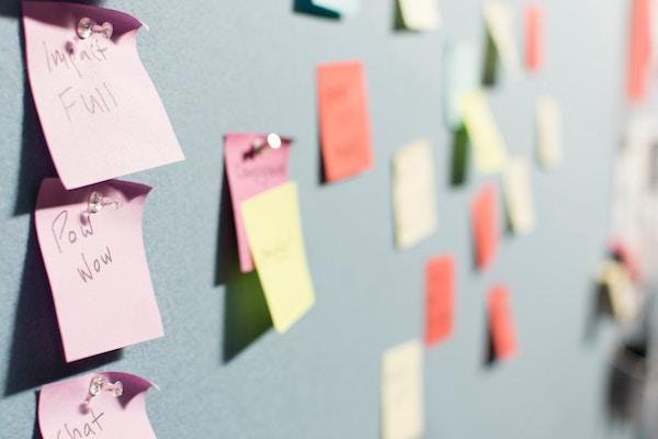 Brainstorming pour changer de nom de marque