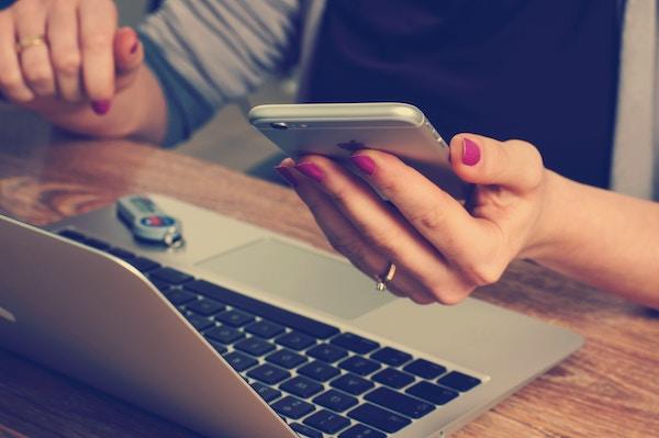 Communication clients SMS