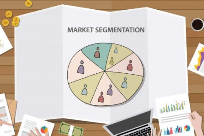 Segmentation d'une base marketing