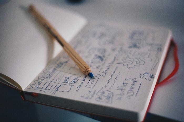 Schématiser votre infographie sur papier